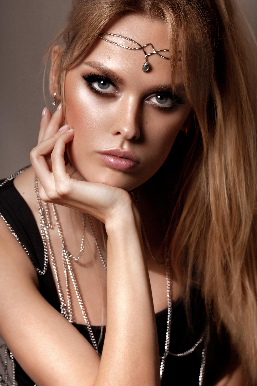 ZARZAR MODELS Top Modeling Agencies Los Angeles New York San Diego Las Vegas Miami Orange County California Fashion Models.